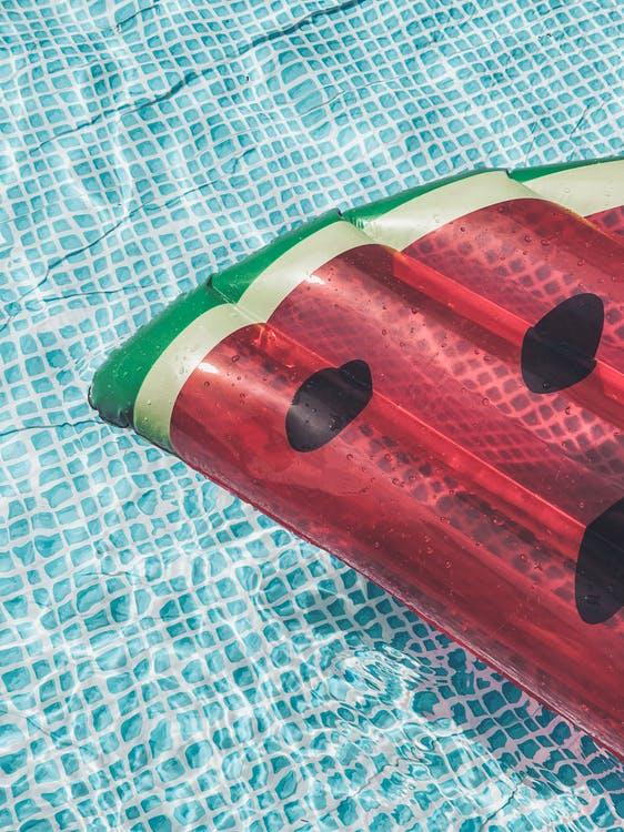 colchoneta piscina de verano