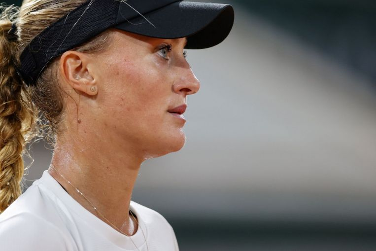 Tenis: Kristina Mladenovic pide VAR en tenis después de la controversia del doble rebote, Tennis News & Top Stories